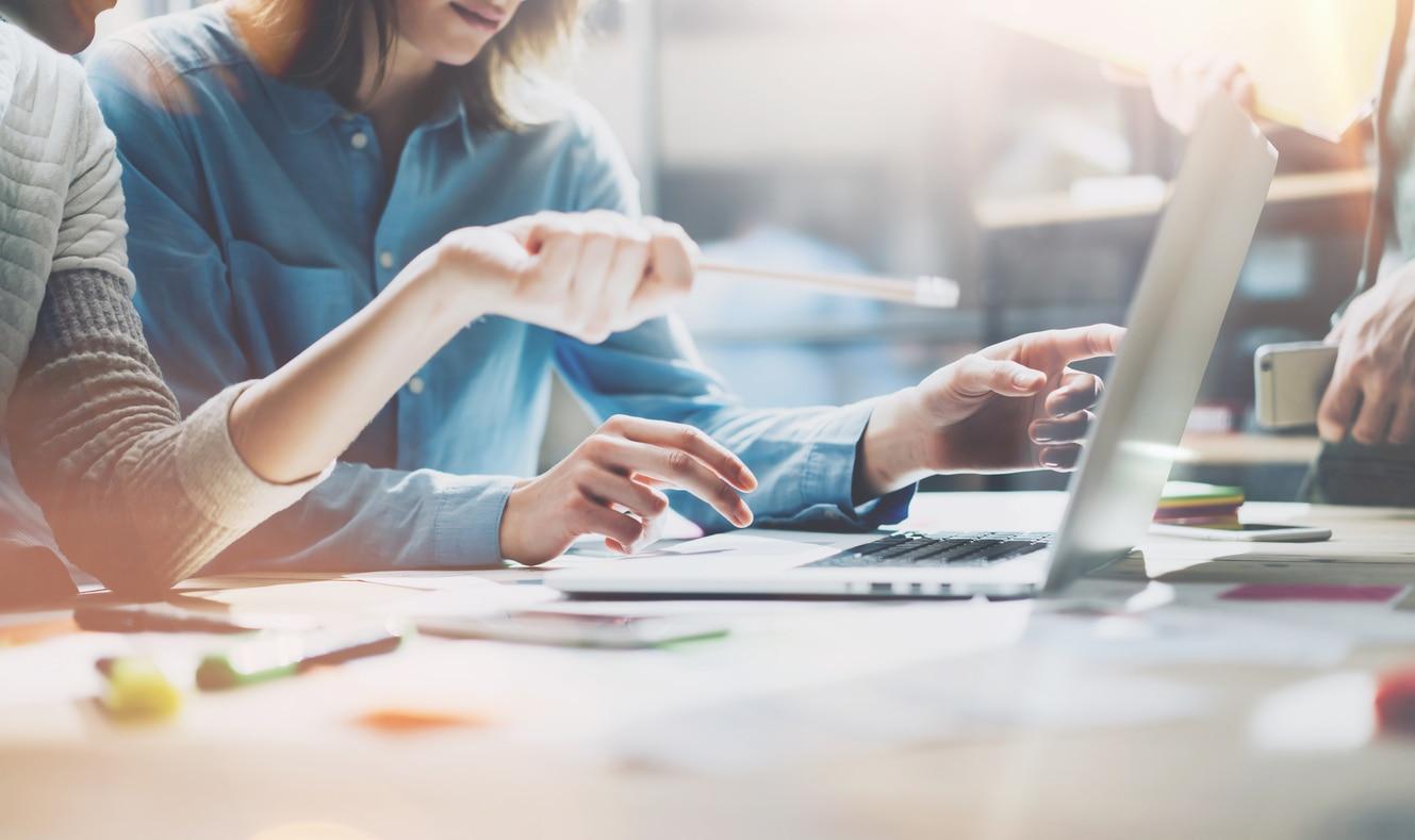 business trabajadores ordenador empleo Internet recurso bbva
