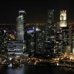 ciudad de noche recurso skyline arquitectura
