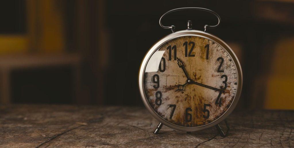 reloj RECURSO