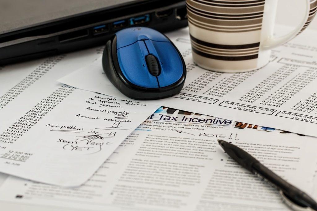 impuestos taxes ordenador