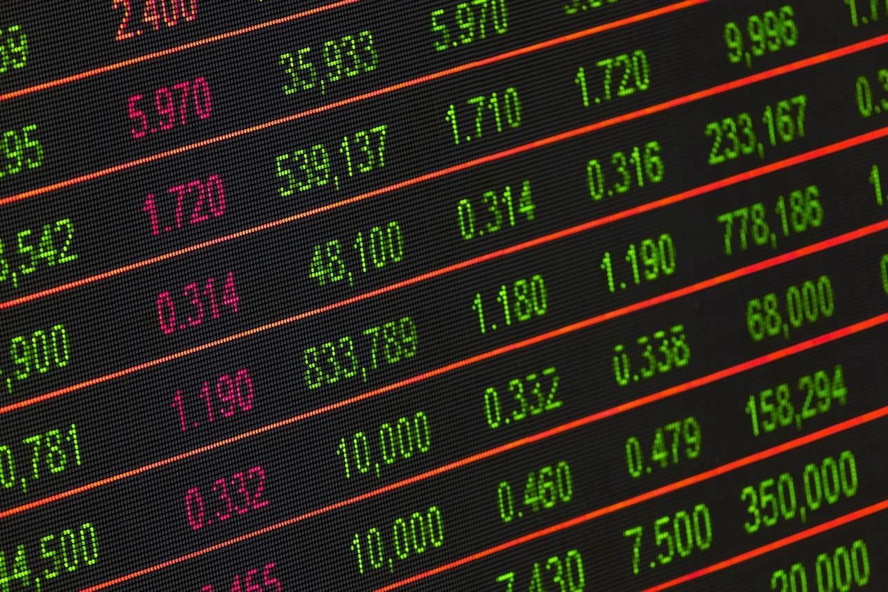 FOTOGRAFÍA DE Recurso, inversión, números, bolsa