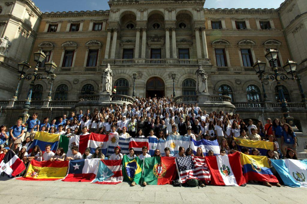 Fotografía de Ruta BBVA 2014 en Bilbao junto al alcalde y a Jorge Saenz Azcunaga