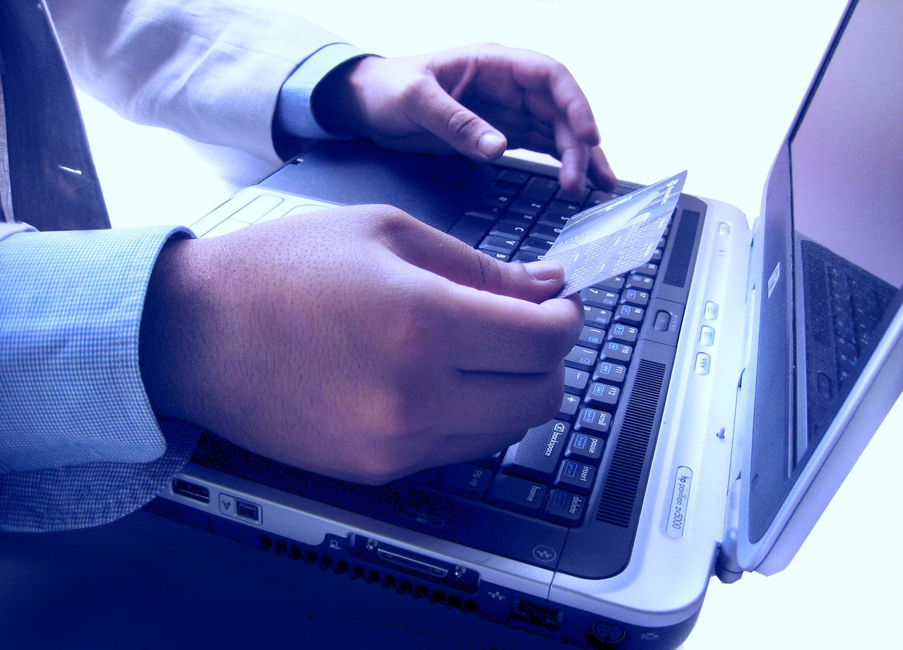 comprar por internet filtro azul recurso shopping compras rebajas ecommerce