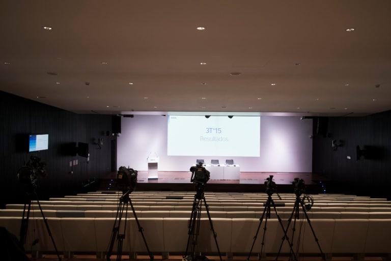 Fotografía Cámaras presentación resultados 3T15 en CAMPUS BBVA