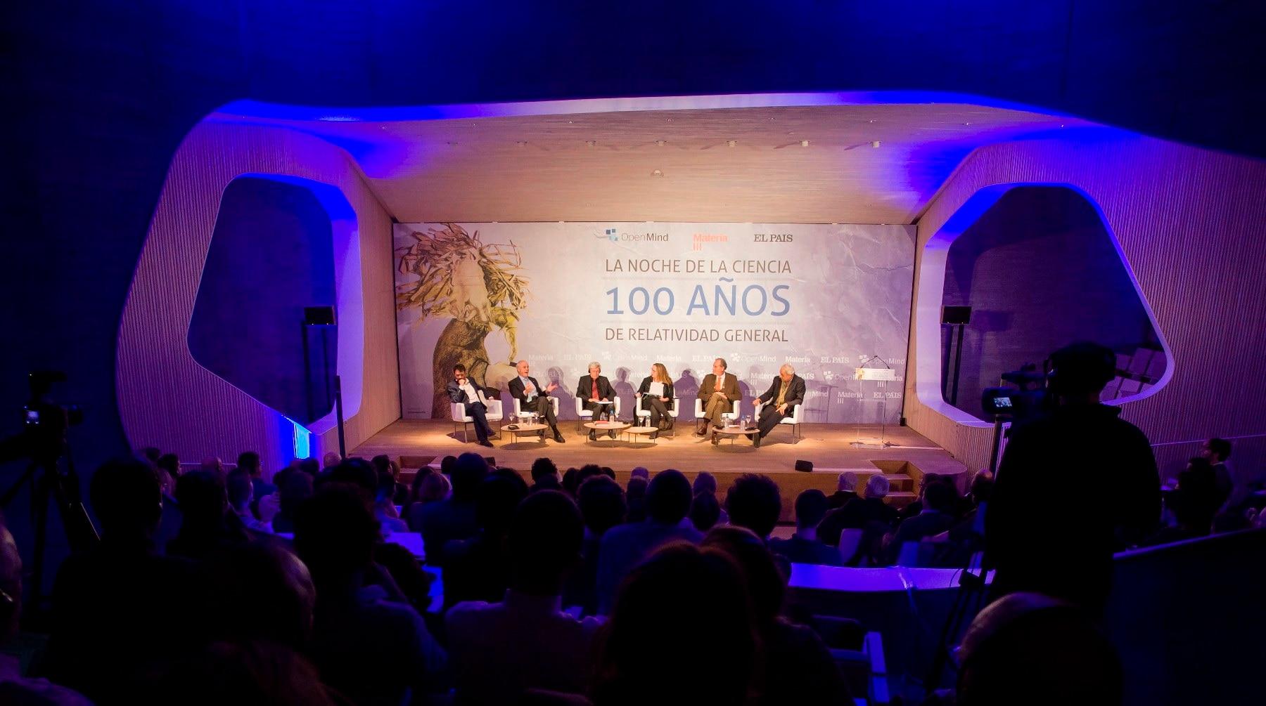 Fotografía del debate Noche de la Ciencia, organizado por OpenMind de BBVA