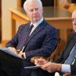 De izquierda a derecha Michael Tushman y Francisco Gonzalez
