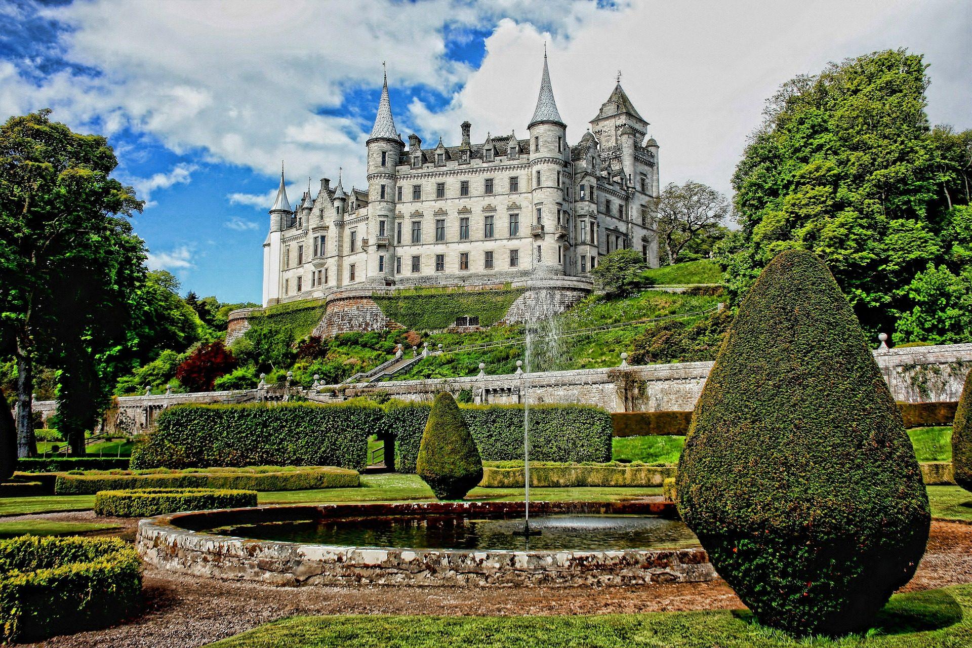 castillo jardín recurso