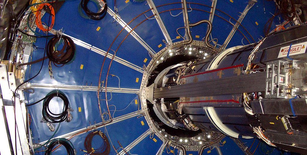 Fotografía del Sistema ALICE de rastreo de partículas del Gran Colisionador de Hadrones.