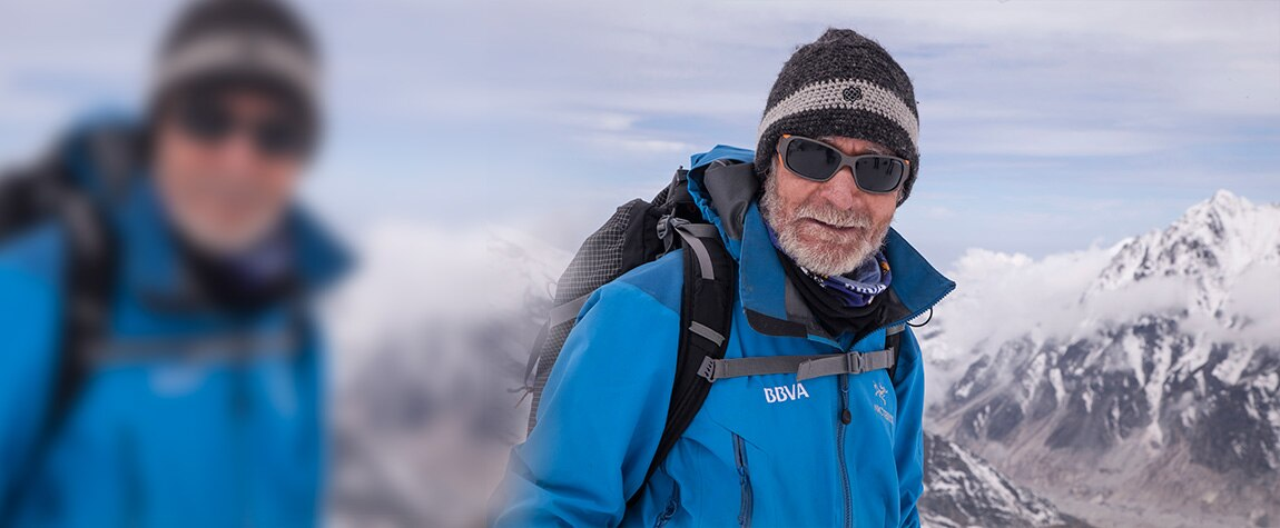Fotografía Retrato de Carlos Soria en el Kanchenjunga en 2014