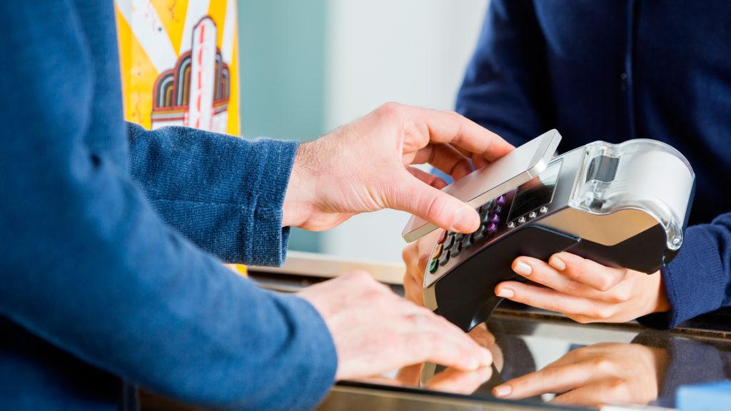 Recurso Fintech Wallet movil tarjeta