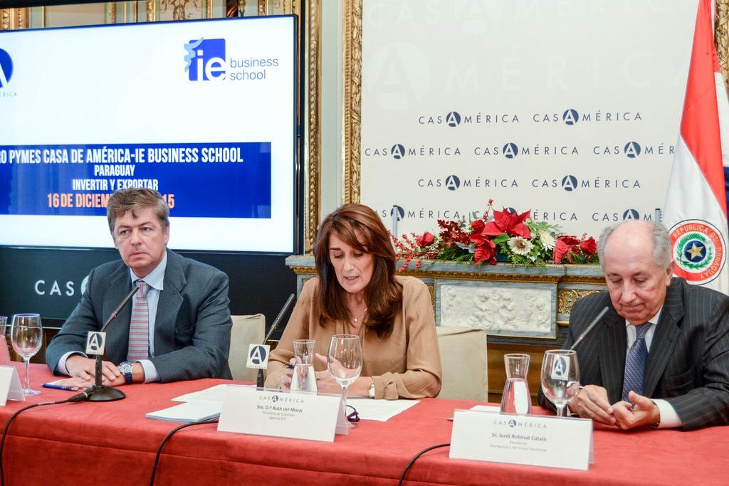 Fotografía de la mesa redonda: empresas españolas ponen foco en Paraguay BBVA