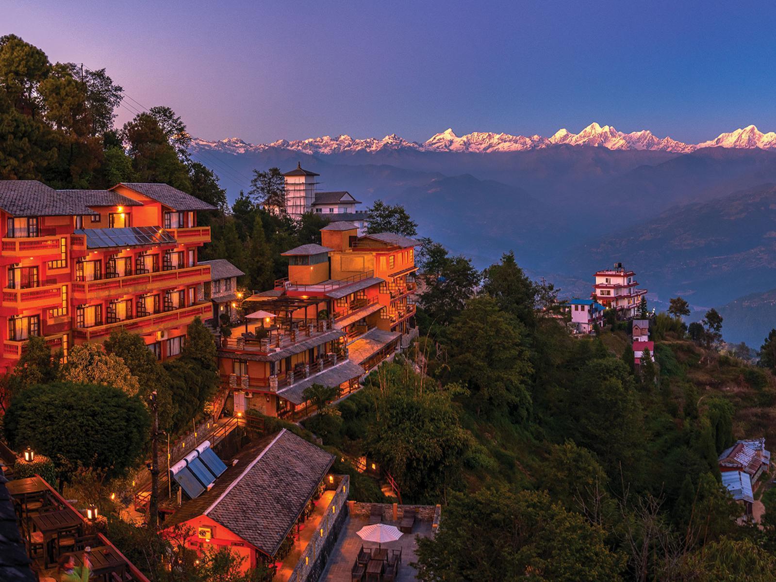 Fotografía de Nagarkot con la cordillera del Himalaya al fondo