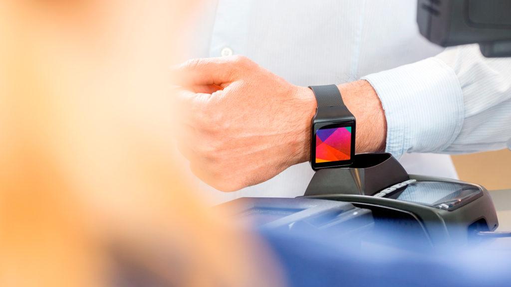 Recurso bbva wearable pagos moviles banca digital