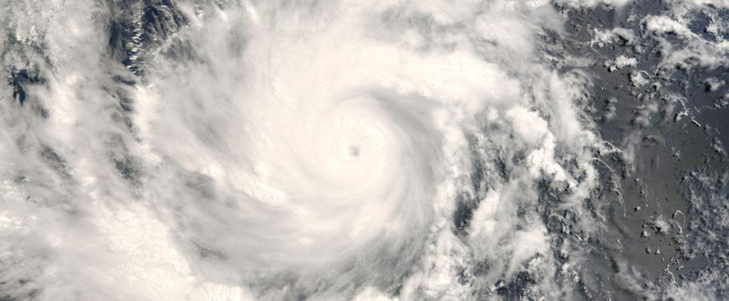 Fotografía del fenómeno climatológico El Niño. Remolino de nubes. BBVA- recurso
