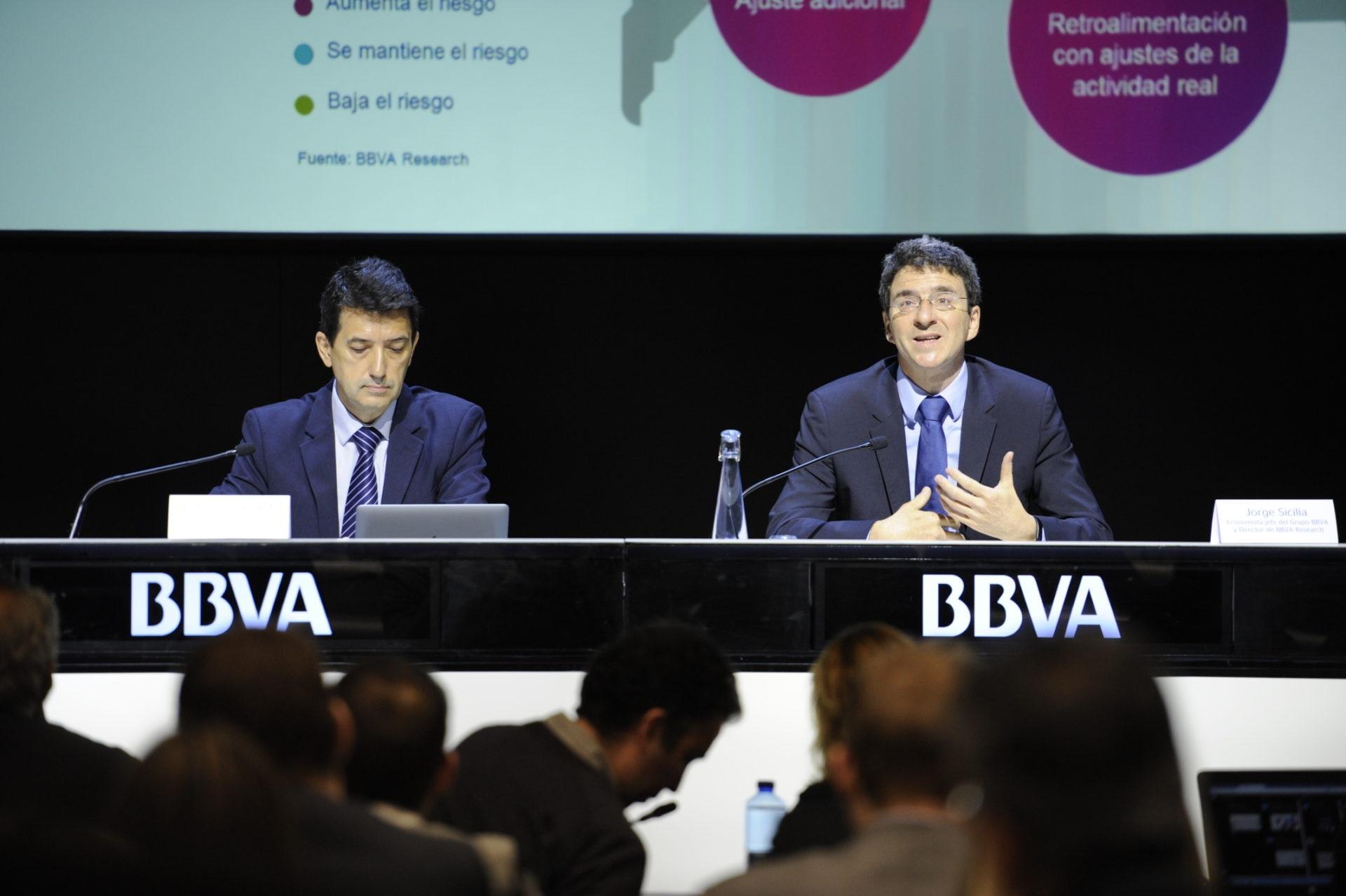 Jorge Sicilia, economista jefe del Grupo BBVA, y Rafael Doménech, economista jefe de Economías Desarrolladas de BBVA Research