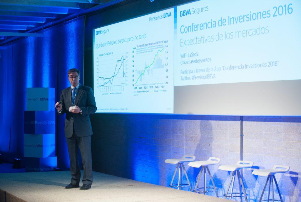 Imagen de Joaquín García Huerga BBVA Asset Management Jornada Inversiones 2016