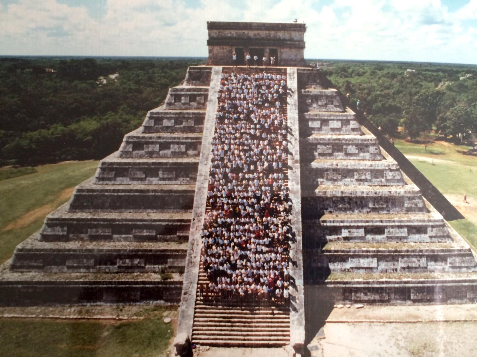Fotografía: Expedición 1990: Rumbo al Mundo Maya (Chichén Itzá, México)