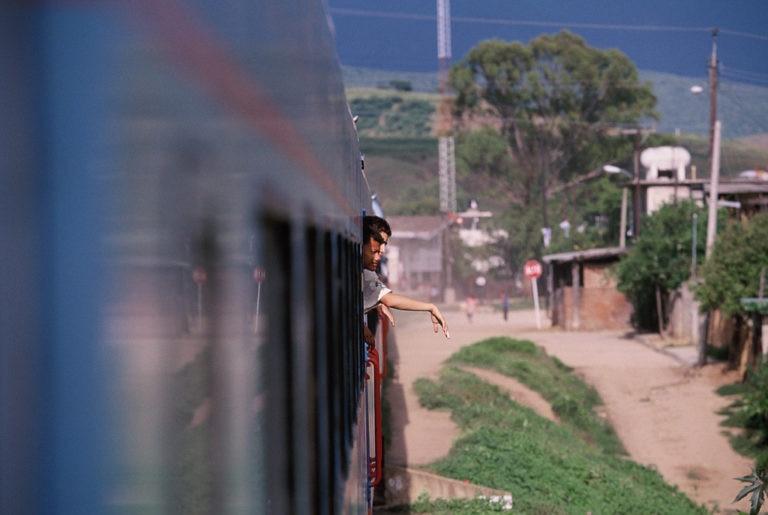 Fotografía: Expedición 1997: Primera Expedición Científica a América (Tren hacia Oaxaca, México)