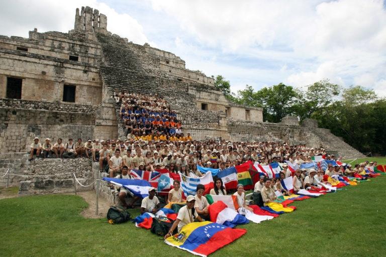 Fotografía: Expedición 2010: El Misterio de los Caminos Blancos Mayas (Edzná, México)