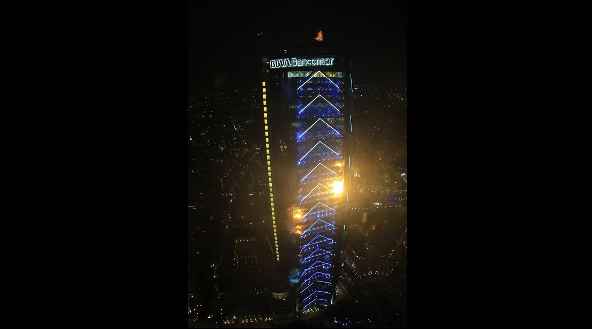 iluminacion Torre BBVA Bancomer