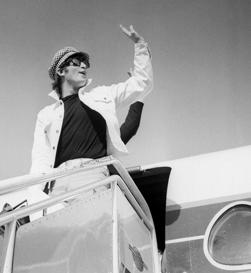 John Lennon aterriza en Madrid