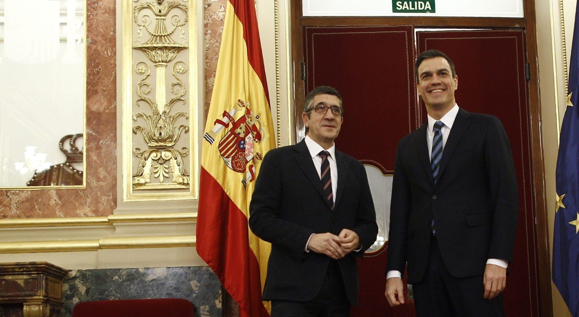 Patxi López, presidente del Congreso de los Diputados, recibe a Pedro Sánchez Fuente: Europa Press