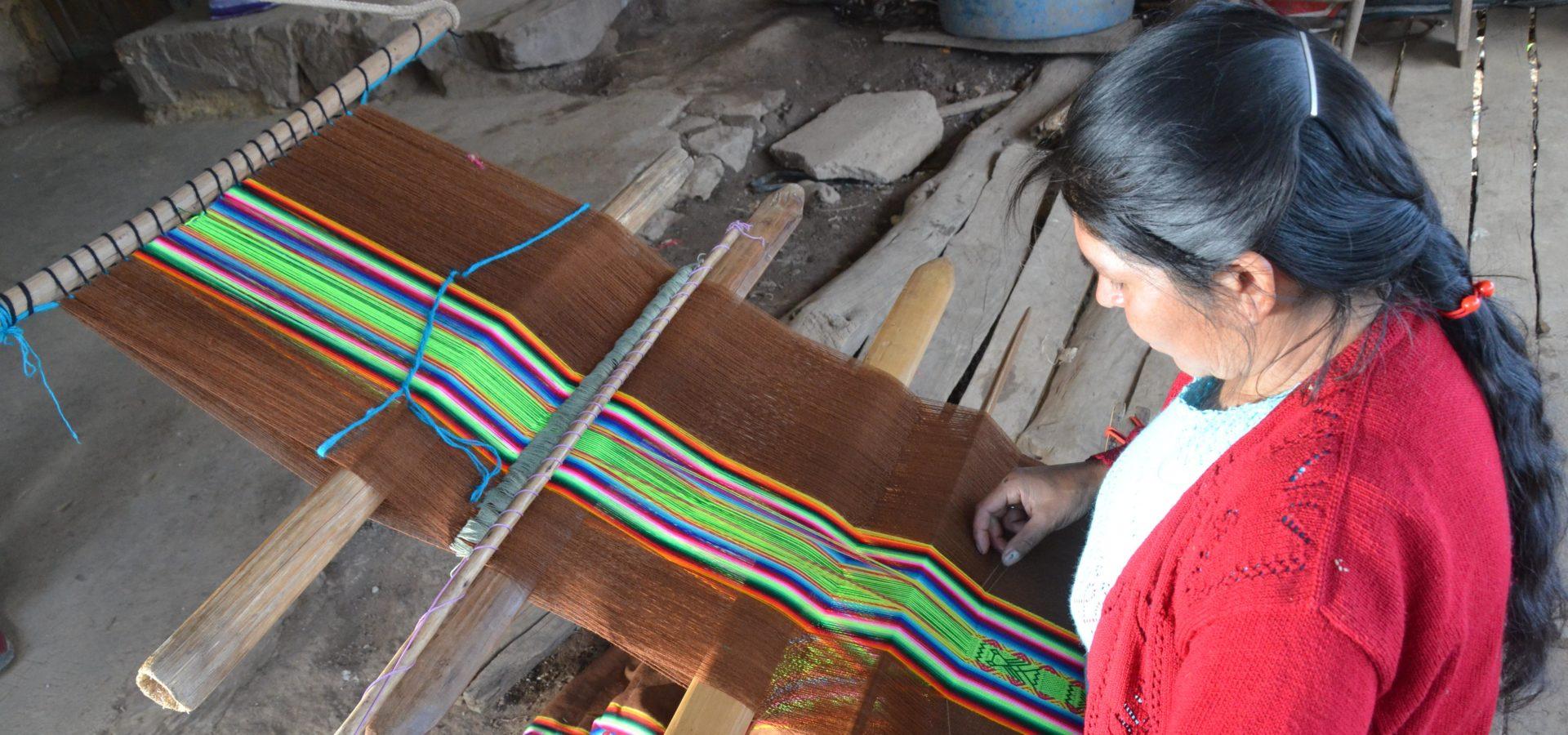 Retrato de Silvia Gonzáles, emprendedora peruana que recibe el apoyo de la Fundación Microfinanzas BBVA