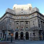 La antigua sede de Catalunya Banc situada en el histórico edificio de Vía Laietana, frente a la Catedral de Barcelona
