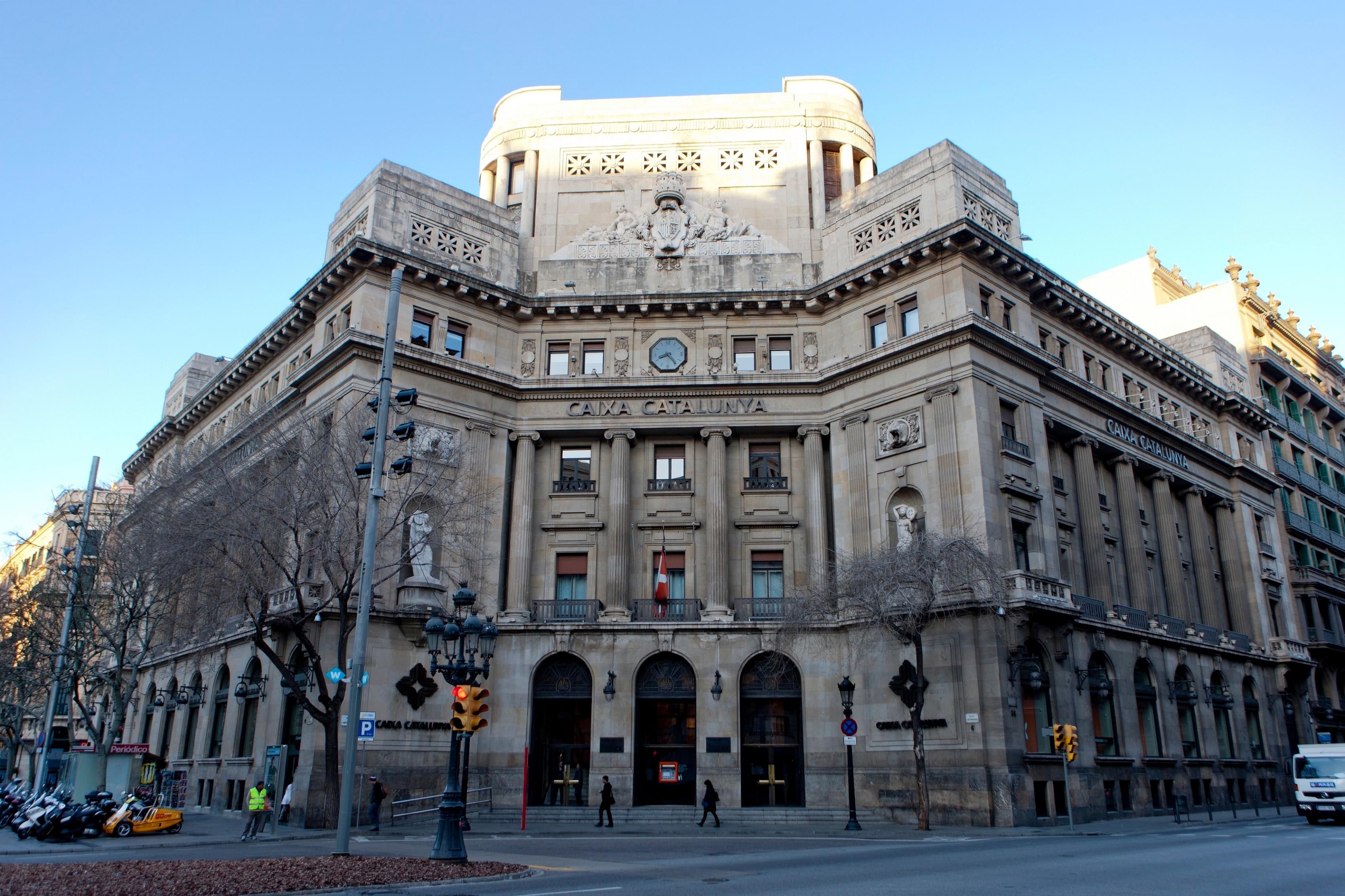 Bbva y catalunya banc inician el proceso para su fusi n for Caixa de catalunya oficinas