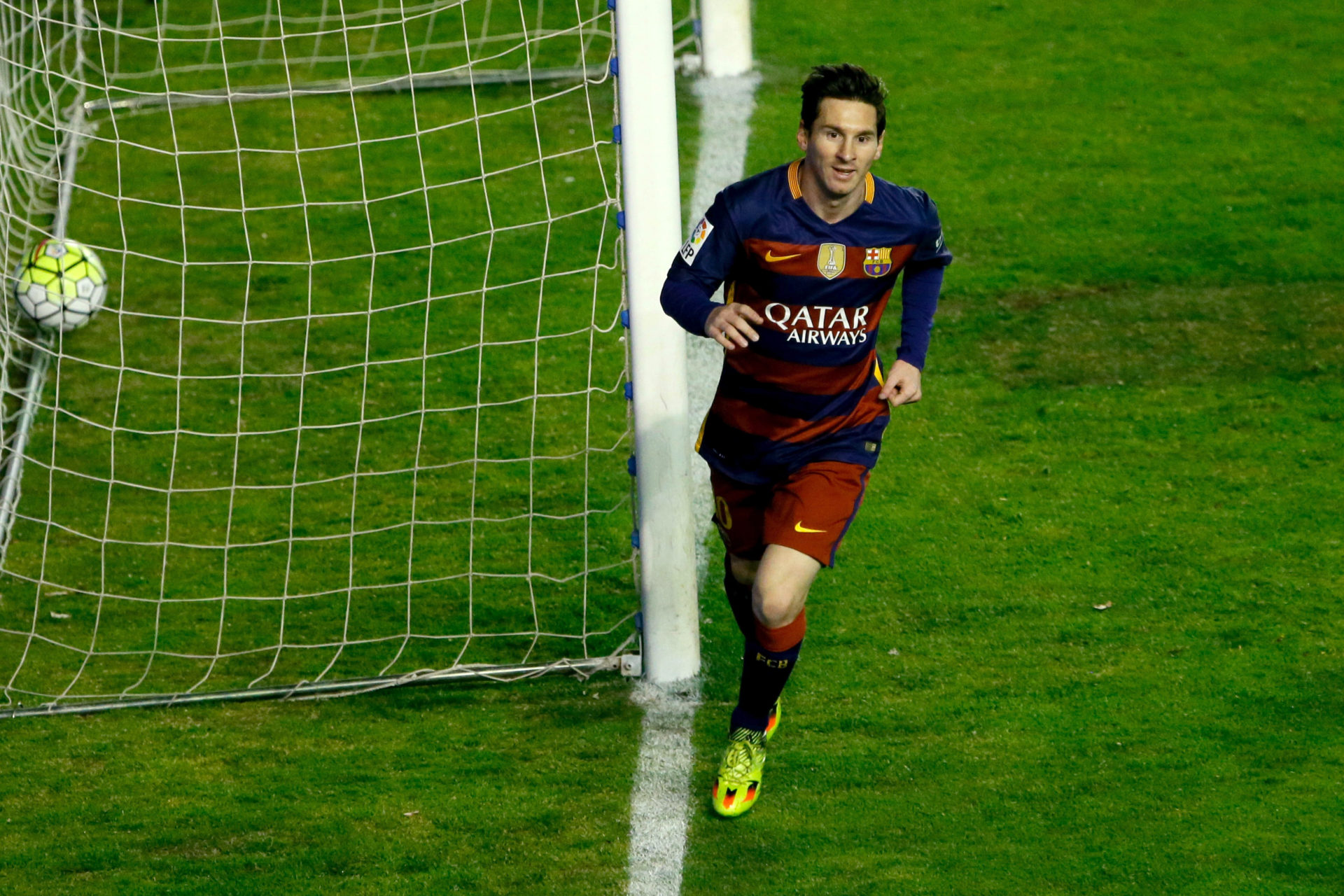 Messi celebra un gol anotado ante el Rayo Vallecano en Liga BBVA
