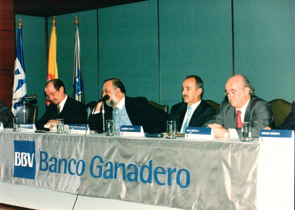 Imagen de BBVA Colombia Asamblea de 1998 del 7 de octubre. José María Ayala y Jesús Enrique Villamizar