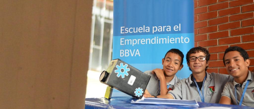 Educación financiera para niños nnovando con ideas de Escuela para el Emprendimiento de BBVA Colombia