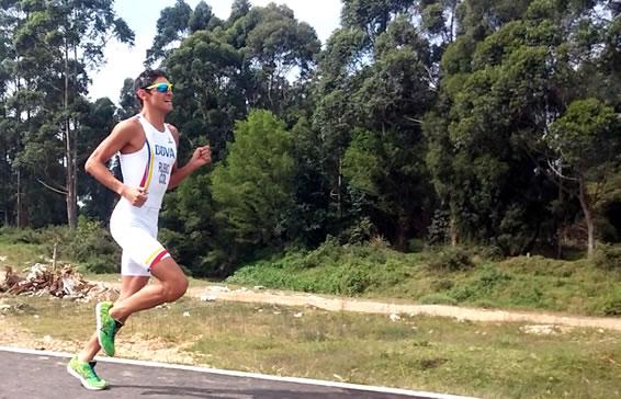Fotografía de Juan Esteban Rubio, triatleta en Categoría Sprint