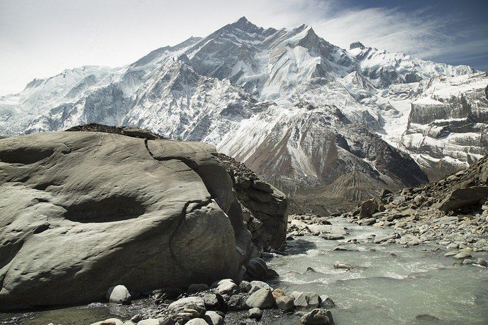Fotografía del deshielo del glaciar Nilgiris en el Annapurna