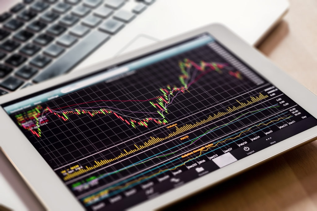 ordenador monitoring negocio finanzas recurso bbva