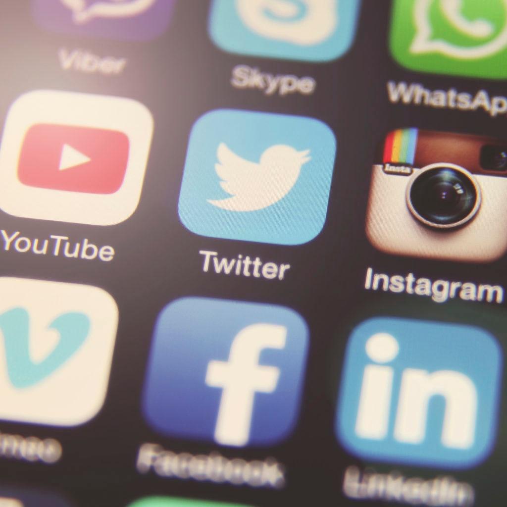 Fotografía de iconos apps redes sociales