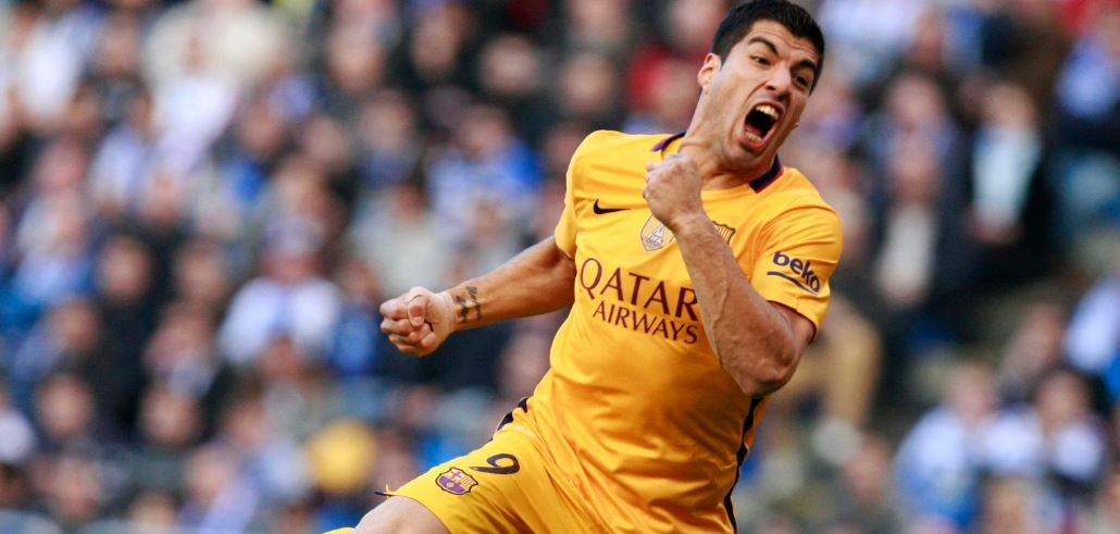 Luis Suárez celebra uno de los goles anotado frente al Deportivo en la Liga BBVA | Foto: EFE