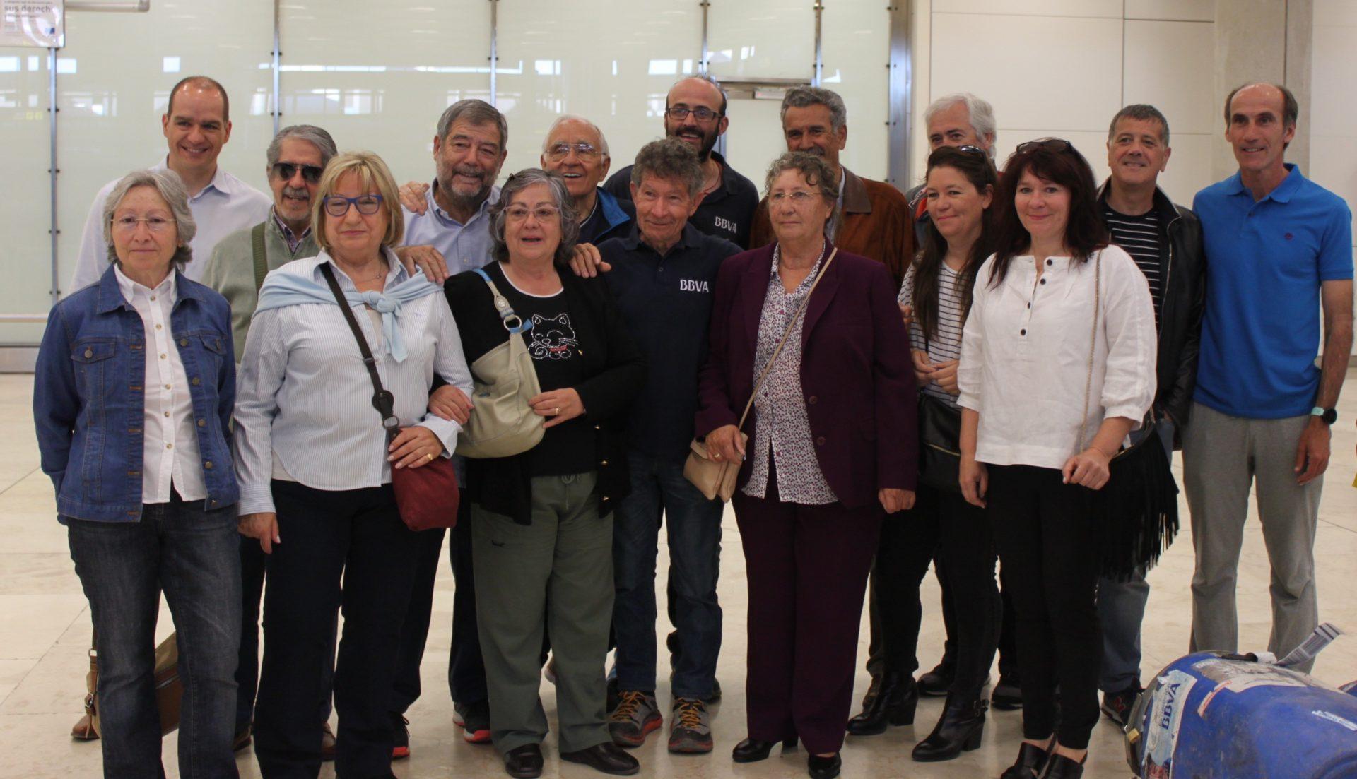 Fotografía de Carlos Soria a su llegada al aeropuerto de Madrid
