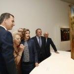 Los reyes de España, en la exposicion de El Bosco con el presidente de la Fundación BBVA