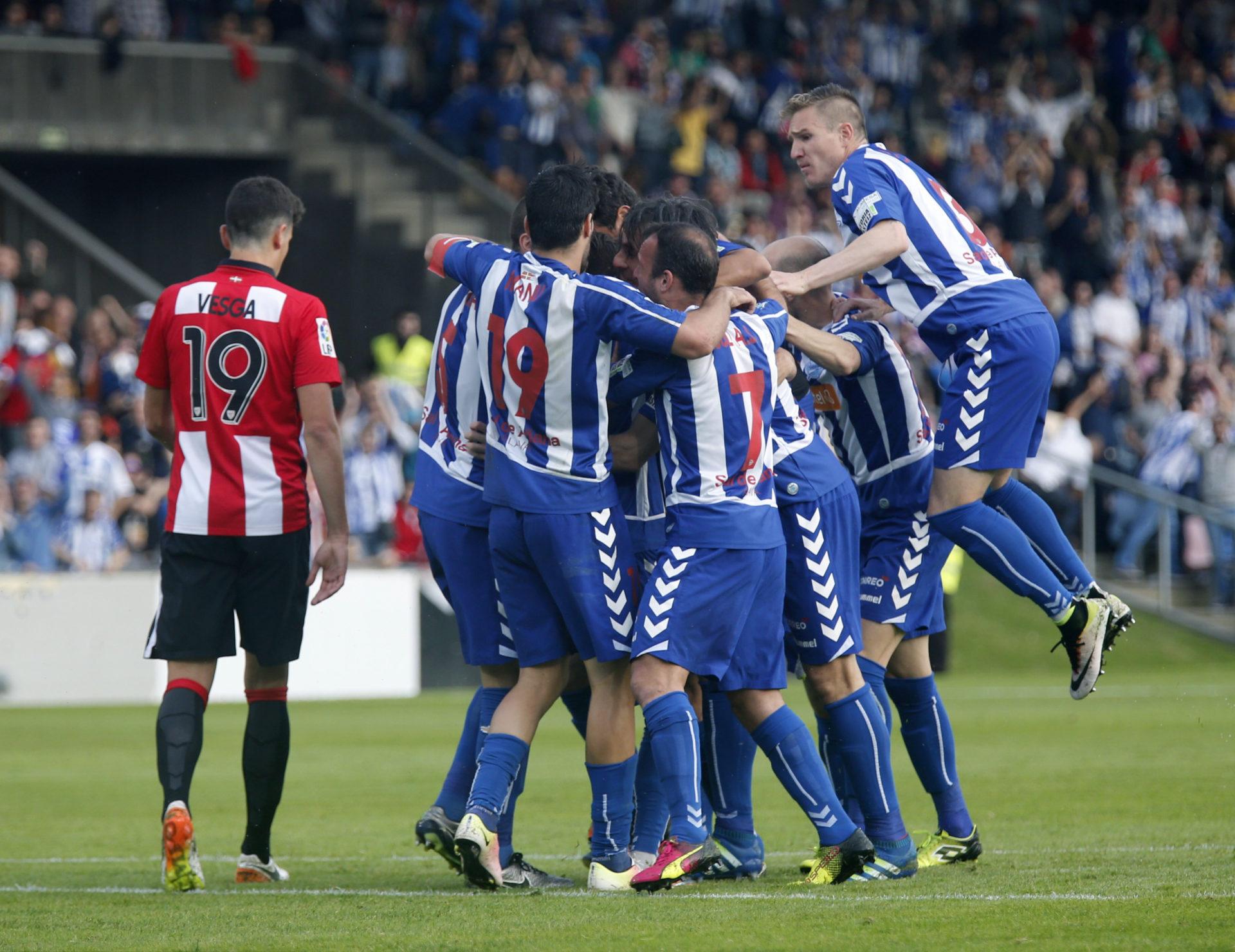 El Alavés, nuevo equipo de la Liga BBVA   Foto: EFE