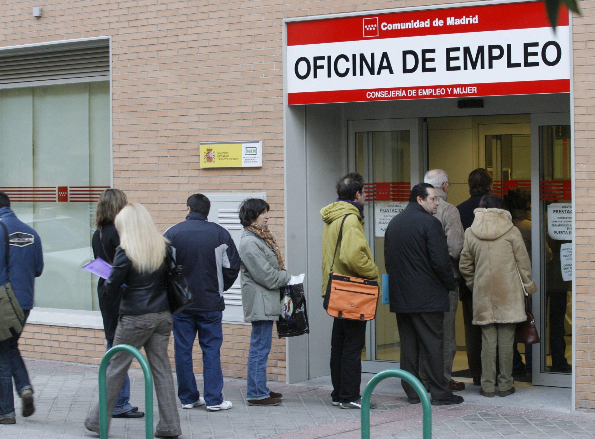 Bbva pasos a seguir cuando se pierde el trabajo banco for Oficinas laboral kutxa bilbao