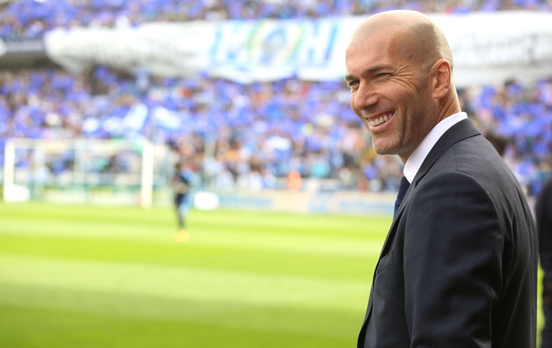 Fotografía de Zinedine Zidane entrenador del Real Madrid 2016