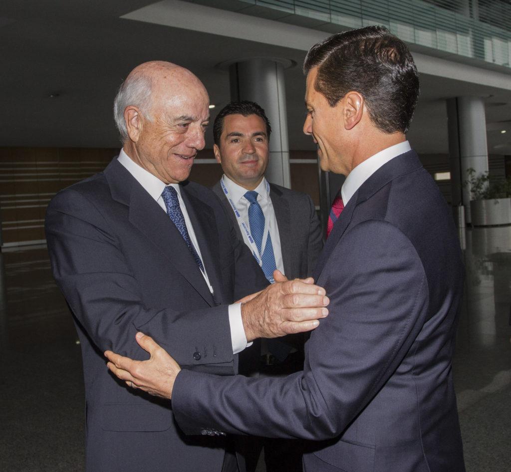Fotografía de Francisco Gonzalez Peña Nieto Eduardo Osuna Reunion Consejeros BBVA Bancomer