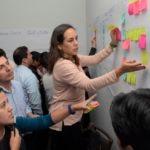 Fotografía de nueva metodología trabajo cambio cultural scrum Peru BBVA