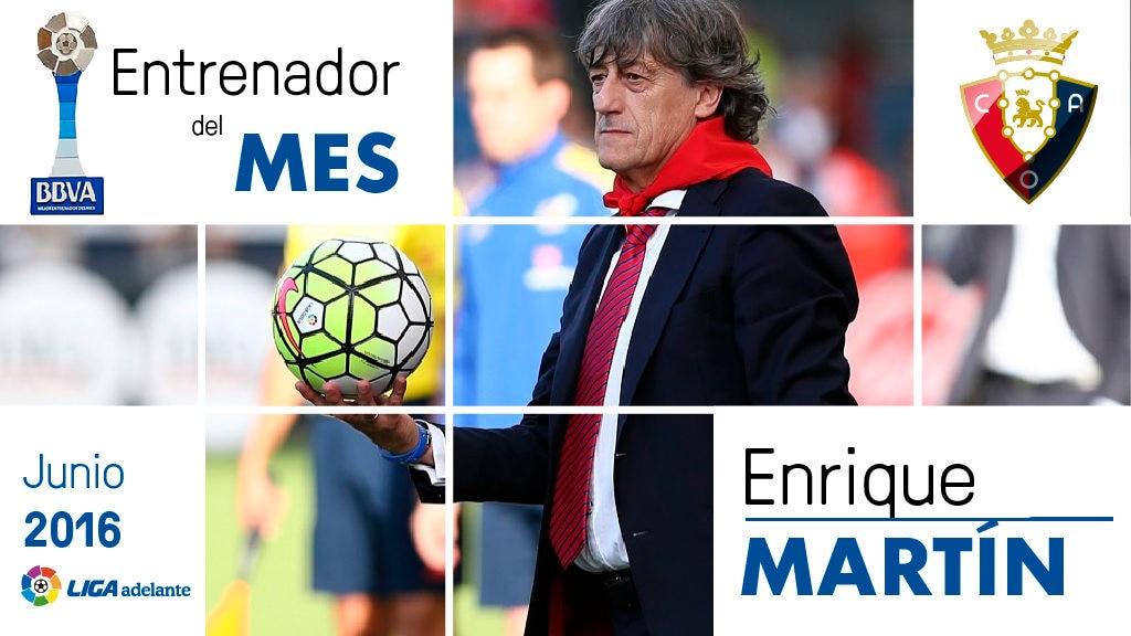 Fotografía de Enrique Martín, Premio BBVA mejor entrenador Liga Adelante junio