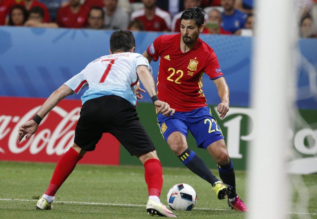 Fotografía de Nolito durante una jugada del España-Turquía de la Eurocopa 2016