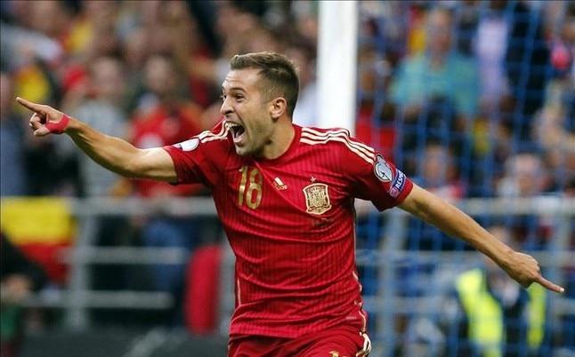 Fotografía de Jordi Alba en un partido con la selección española