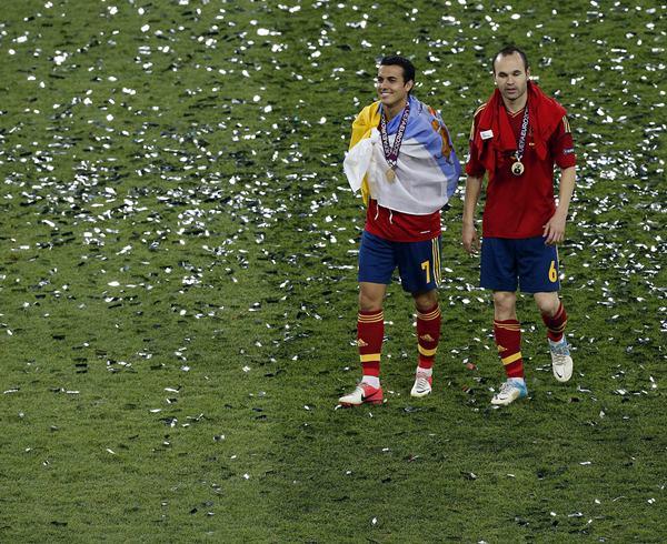 Fotografía de Pedro Rodríguez celebra el título de campeones de la Eurocopa 2012