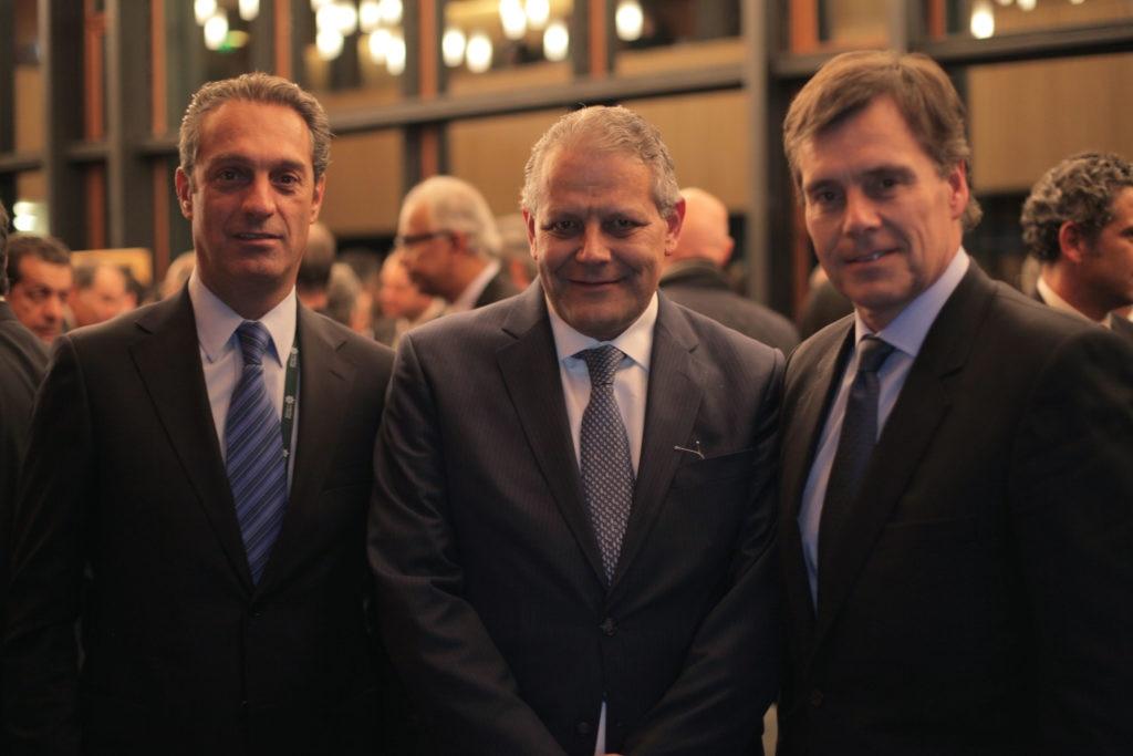 Carlos Slim, Luis Robles, Manuel Olivares.