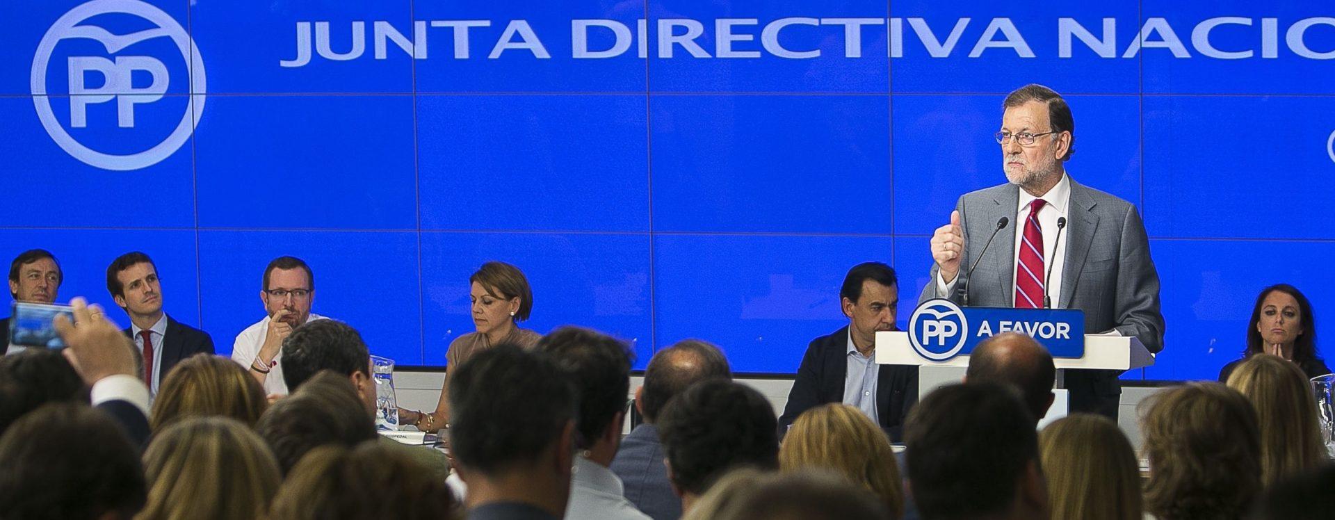 Rajoy presidiendo la Junta Directiva nacional del PP antes del inicio de la XII Legislatura